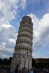 Más inclinada de lo que parece (a_marga) Tags: pisa toscana tuscany italia italy torre inclinada leaning tower