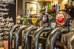 take five, London Pub (Rainer D) Tags: 2016 london england vereinigtesknigreich pub amstelpils amstelbeer bluemoon dof colour colorful evening ef2470mmf28lusm londonlager londonbeer paleale hotdogs beef chicken veggie burger
