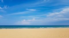 Mediterranean sea XI (Quique CV) Tags: sea mediterranean mediterraneo mar playa beach oliva piles arena cielo sand sky costa coast valencia otoo 2016
