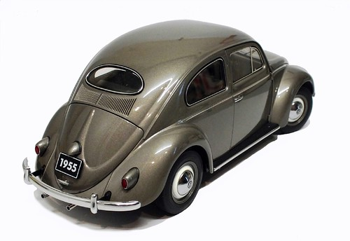 AutoArt VW Oval 1955 (2)