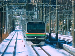 EMU heading back to Yokohama (Matt-san) Tags: winter japan japanese jr yokohama tokaido snowsnow