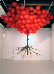 Untitled     Tree, Balloon.     Installation      400 X 400 X 330 (cm)  156 X 156 X 130 (inch)