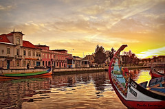 The bow of boat at sunset / Proas ao por do sol (Behappyaveiro) Tags: sunset portugal europa barcos aveiro moliceiros riadeaveiro typicalboats