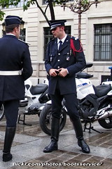 bootsservice 12 8198 R (bootsservice) Tags: paris uniform boots police motorcycles motorbike gloves moto motorcycle uniforms policeman bottes motard motos uniforme policemen motorcyclists policier motards uniformes gants policiers police riding boots nationale