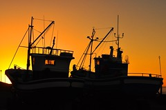 Little boats (Bill Elleray) Tags: sunset sky sun boats evening boat fishing spain lanzarote canary canaries trawler trawlers littleboat lasanta littleboats canaryisles