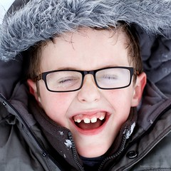 A. (Stphane Dgremont) Tags: light snow color glass face kids canon eos raw child neige lunettes 500x500 ef5014 eos5dmarkii stphanedgremont wwwstphanedgremontviewbookcom