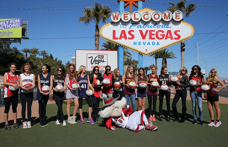 2013 Sports Illustrated Swimsuit models and UNLV Mascot \'Hey Reb!\' attend a photocall in front of the iconic \'Welcome To Las Vegas\' sign to salute the NCAA Basketball Conference Featuring: 2013 SI Swimsuit Models Where: Las Vegas, Nevada, United States When: 14 Feb 2013 Credit: Judy Eddy/WENN.com