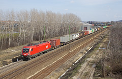 2013.03.20 | 1116 256 | Budars (Davee91) Tags: colors train canon mixed budapest railway trains cargo rails taurus freight rca trainspotting bb budars gterzug rch intermodal tehervonat es64u2