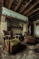 maison de la grande georges livingroom (a77ard) Tags: art abandoned digital canon boer photography europe belgium decay belgi explore wandering hdr allard 450d canon450d allardboer a77ard
