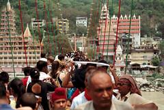 [lakshman jhoola] (tyronerodovalho1) Tags: india indian bridge rishikeshi uttarakhand ganges river travel life peoople