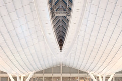 Tokyo International Airport (superidoljp) Tags: ceiling white airport architecture geometric symmetrical urban
