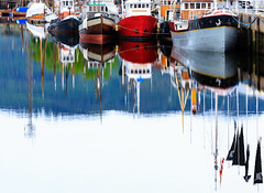 Trondheim, June 23, 2016 (Ulf Bodin) Tags: trondheim canoneos5dmarkiii summer canonef100400mmf4556lisiiusm norge reflection outdoor norway urbanphotography boat sea srtrndelag no