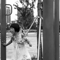 Call me Madam (Go-tea ) Tags: canon eos 100d 50mm bw bnw black blackwhite blackandwhithe white street urban city people china chinese asian asia qingdao huangdao park outside outdoor nature young youth girl dress play beautifull cute beauty madam scarf elegant kid portrait happy joy