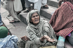 INDIA7812 (a PSYCHIATRIST'S view) Tags: india beggars blind islam muslims delhi mosques prayer portraits photojournalism