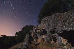 Cueva de la Carrasca (Josune2003) Tags: cueva circumpolar estrella luna roca caliza bosque castrillo val nocturna