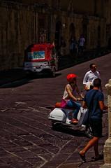 Noto - Siracusa (Massimo Frasson) Tags: italia italy sicilia siracusa noto centrostorico oldcity pittoresco villaggio valdinoto barocco architetture street strada mezzoditrasporto vespa motocarrozzella
