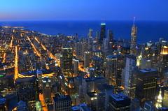 chicago (elduderido) Tags: chicago night usa amerika skyline skyscraper wolkenkratzer lights lichter stadt city