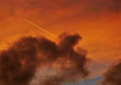 High flyer through the sunset (dlanor smada) Tags: aylesbury bucks sunsets red clouds sky