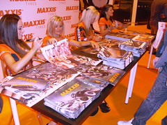 Maxxis Babes During Autosport International 2013 (Tanvir's Pics 2010) Tags: green jay amy emma holly international bradley babes ann nickie autosport maxxis