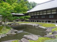 P1090947 (Urizev) Tags: naturaleza verde relax asia kamakura religion jardin paz viajes japon buda templo lunademiel santuario nipon budismo meditacion sintoismo
