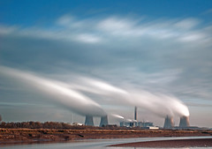 Fids in colour.... (Digital Diary........) Tags: longexposure movement le powerstation runcorn widnes fids fiddlersferry weldingglass