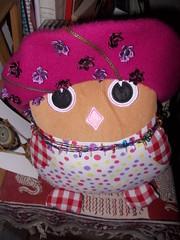 Immagine 162 (en-ri) Tags: nikon rosa owl basco rosso bianco fucsia occhioni elezioni pupazzo collana becco fiorellini pallini