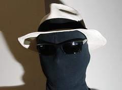 Passport (w126uk / Duncan Joint) Tags: portrait sun hat glasses photo pentax flash panama passport rayban strobe hansome strobist af540fgz k20d