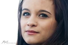 Andrea (Jordi Pay Canals) Tags: barcelona portrait woman girl canon de eos la is eyes pretty outdoor andrea posing catalonia canals session usm brunette 70300mm jordi parc ef miralles ciutadella tfcd 450d villagrasa pay