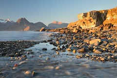 Sunset light at Elgol (Jon Sketchley) Tags: sunset skye beach rocks isleofskye cliffs shore hebrides cuillin elgol marsco sgurrnangillean sgurrnastri