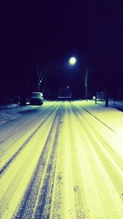 night street shot (Redline90) Tags: schnee winter strasse dunkle beleutete