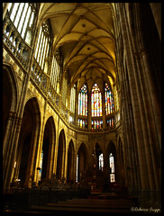 The choir of St Vitus (DameBoudicca) Tags: castle church choir prague cathedral dom catedral iglesia kirche prag praha praga tschechien praskhrad altar chiesa cathdrale czechrepublic castello glise chteau castillo chor hrad stvituscathedral burg rpubliquetchque kor kyrka hradany kostel cattedrale coro praguecastle autel czechia altare katedrla repblicacheca katedral chequia repubblicaceca pragerburg esko eskrepublika tjeckien cattedraledisanvito castillodepraga tchquie catedraldesanvito cechia olt veitsdom katedrlasvathovta cathdralesaintguy pragborgen chr castellodipraga chur stvituskatedralen chteaudeprague katedrlasvathovtavclavaavojtcha