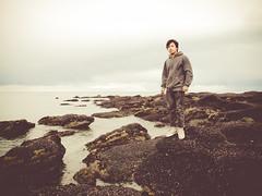 selfportrait (salch:7) Tags: boy sky patagonia costa selfportrait seascape water canon mar agua rocks alone seagull yo playa lr g12 preset