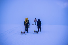 schweizwinter (jonas_k) Tags: blue schnee winter sky mountain snow man berg yellow fog schweiz dorf village nebel suisse swiss peak mann ch schlitten berneroberland sturm gipfel faulhorn sledgehike