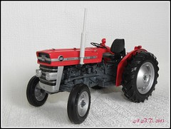 Massey Ferguson 135  (1/16 Scale Model) (Alan B Thompson) Tags: tractor model picasa olympus 2013 sp590uz