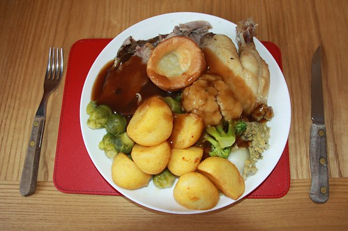 Roast Lamb & Chicken with Sprouts Potatoes Stuffing & Bisto Chicken Gravy