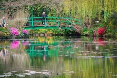 Claude Monets Garden (KPPG) Tags: frankreich giverny claudemonet outdoor garten samsungnx nx3000 farbenpracht spiegelung