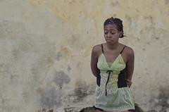 Ella dice (gustavo medicci) Tags: medicci cuba cubatravel cubaisbeautiful alocubano vivacuba trip travel cubatime portrait people retrato retratos gente