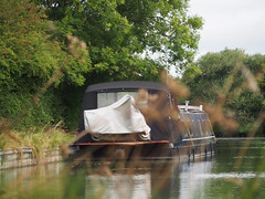 home on the water (mark.griffin52) Tags: olympusem5 england buckinghamshire slapton grandunioncanal canal houseboat boat