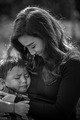 r3dd-1-2 (r3ddlight) Tags: asian asianwoman a6300 sonya6300 sonyphoto sony85mmgm portrait cry mother blackandwhite photography hmong
