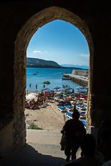 Door to Cefal (kuhnmi) Tags: cefalu cefal door arch trbogen sea meer italy italien sicily sizilien italia person silhouette landscape landschaft
