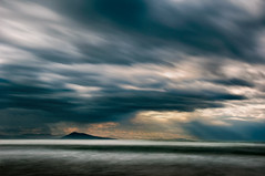Black mountain (MathieuL33) Tags: ocean mountain storm montagne pose long exposure country pays basque orage ocan longue nd1000 bw110