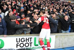 Olivier Giroud celebrates with the Arsenal fans (Stuart MacFarlane) Tags: england football brighton unitedkingdom soccer budweiser facup gbr soccertournament clubsoccer roundfour fourthround competitionround