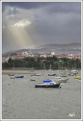 Lumieres célestes-Hendaia-Cote Basque-Aquitaine (TIAREE64) Tags: port côte pays basque ville lumieres hendaye hendaia aquitaine célestes