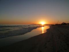 "Sunset viewed from Al Haffa Beach, Salalah (John Steedman) Tags: sunset beach sonnenuntergang oman coucherdesoleil puestadelsol salalah 阿曼 sultanateofoman dhofar سلطنةعُمان ظفار オマーン 오만 ""オマーン国"" ""阿曼蘇丹國"" alhafa alhaffa"
