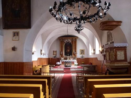 Wnętrze kościoła św. Anny w Kłaczynie