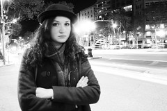 Passeig de Gràcia (AYUMI-TURQUOISE) Tags: barcelona street light woman white black girl de spain turquoise federica candice bianco nero passeig barcellona ayumi gràcia spagna pagano