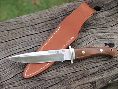 _3131246 (The Aperture Studio) Tags: japanese san fighter knife mai hunter knives blades hattori laminated ft100c hamaguriba ht70c