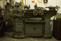 Lathe (williecb750) Tags: metal shop vancouver work lathe