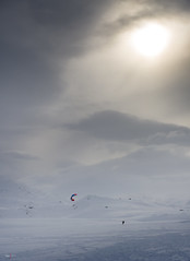 D8A_3076 (Viggo Johansen) Tags: winter sun snow cold outdoors telemark kiting haukeli viggojohansen