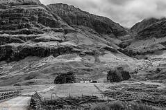 Cottage in Glen Coe-Neil_Alexander-07 (NeilAlexanderD) Tags: cloud mountain skye green weather clouds rural landscape island scotland landscapes countryside blackwhite highlands skies isleofskye cloudy country scottish scot greens atlanticocean cloudscape cloudscapes neilalexander